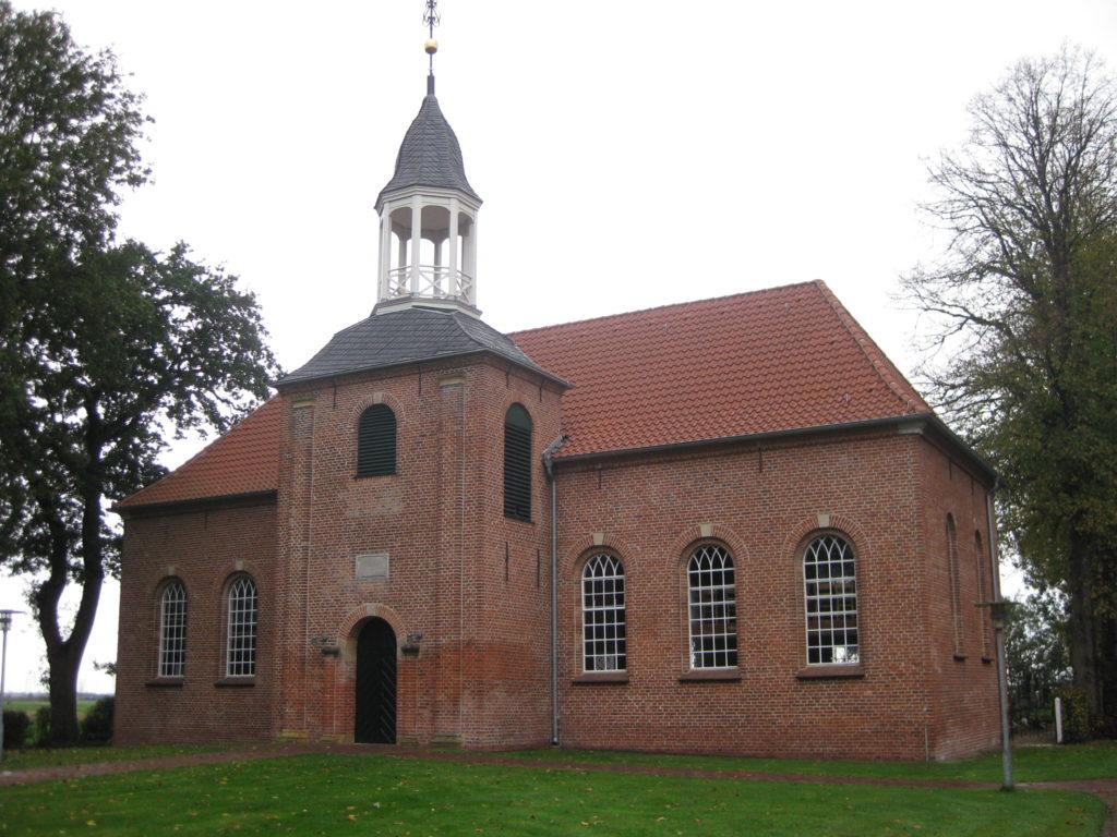 Kirche und Gemeindehaus Hatshausen